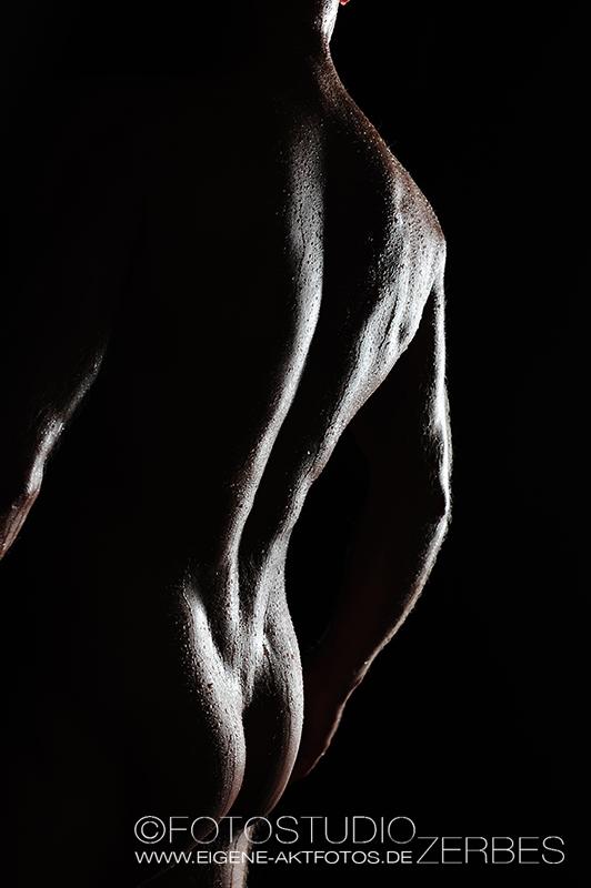 Wet und Sexy Aktfotografie Mann
